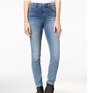 Free People Gummy skinny jeans; high rise Size 26